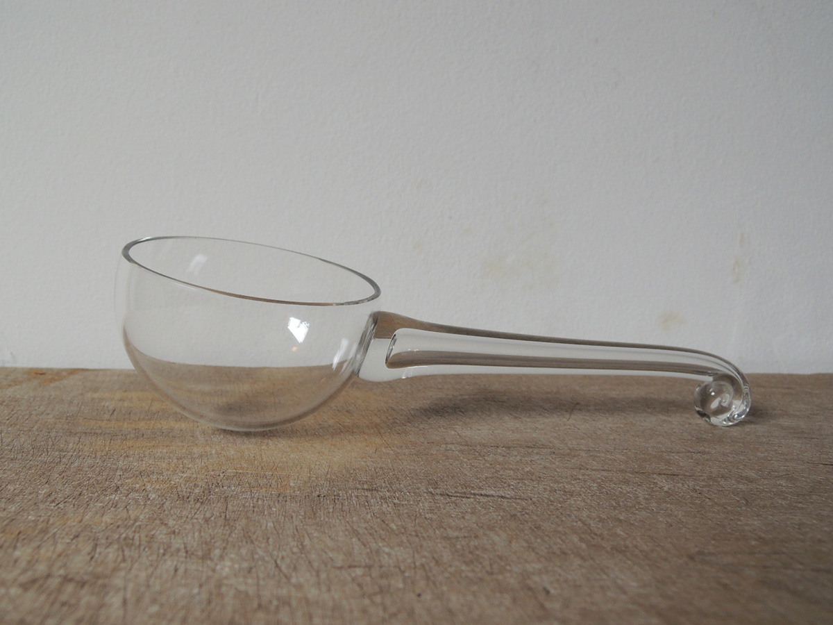 glass_ladle-1