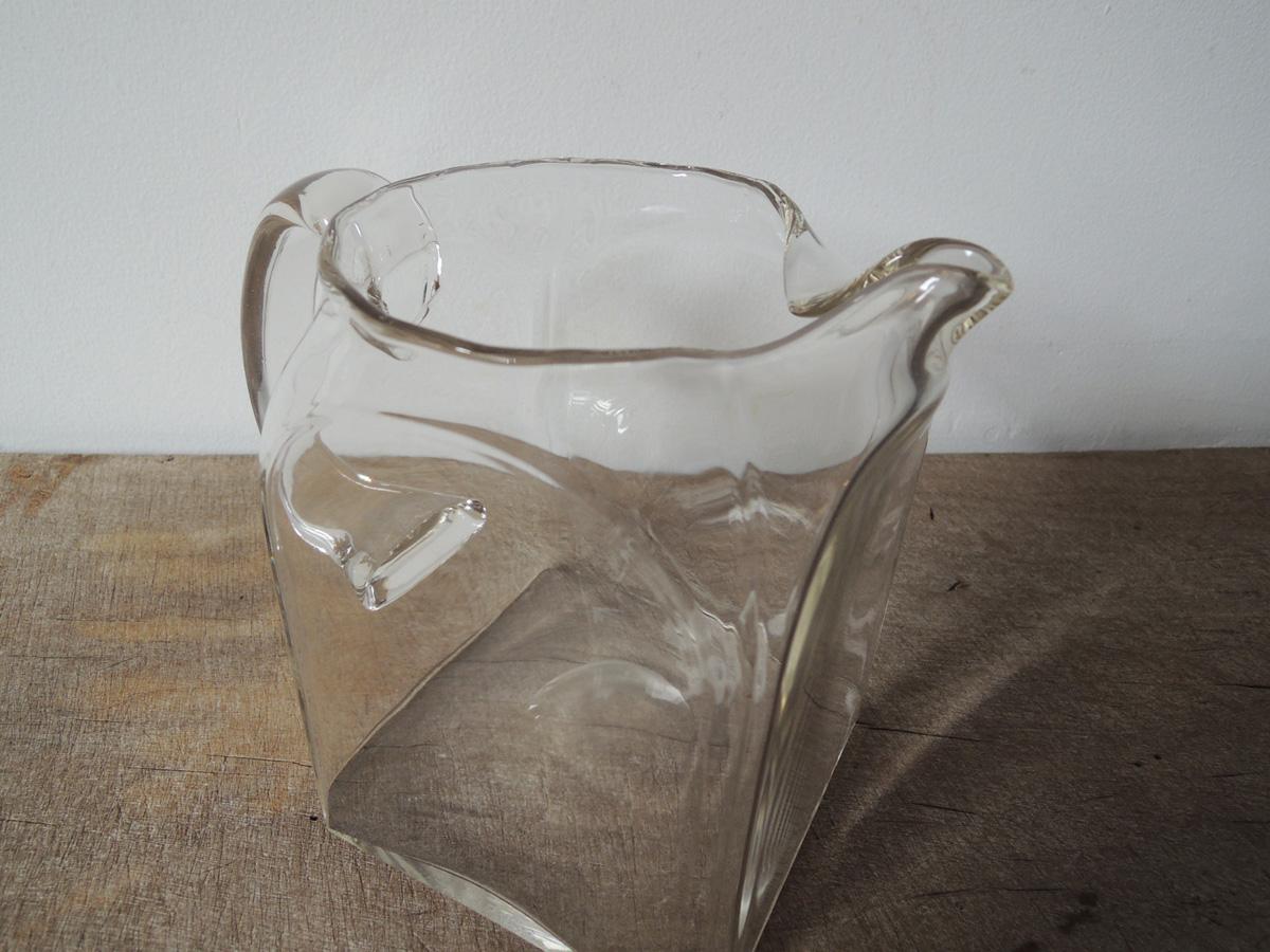 square_jug-3