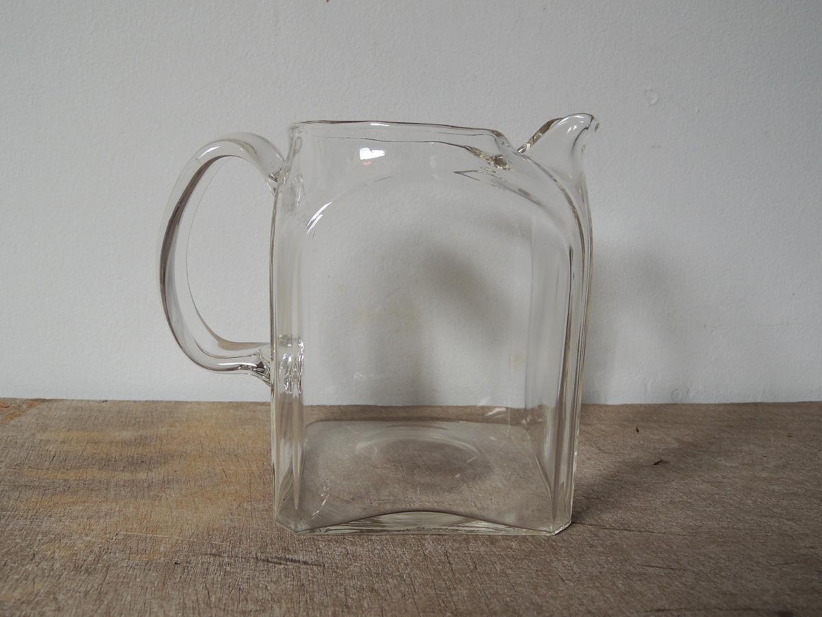 square_jug-4