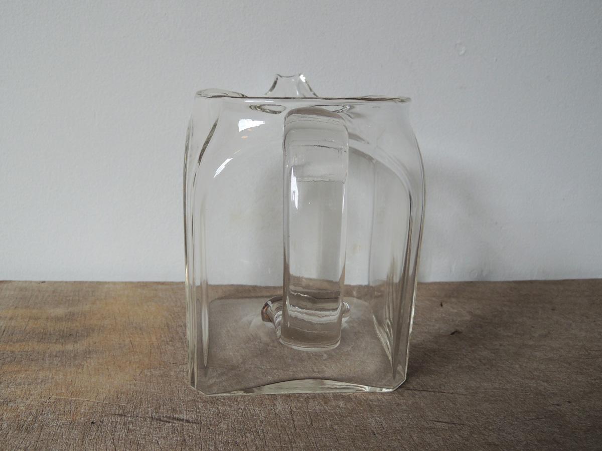 square_jug-5