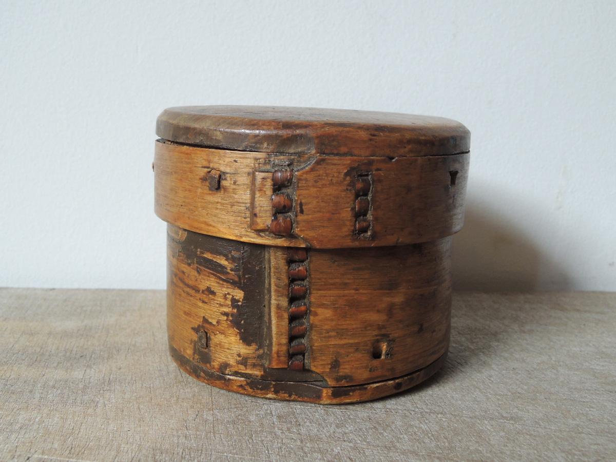 曲木細工の木箱