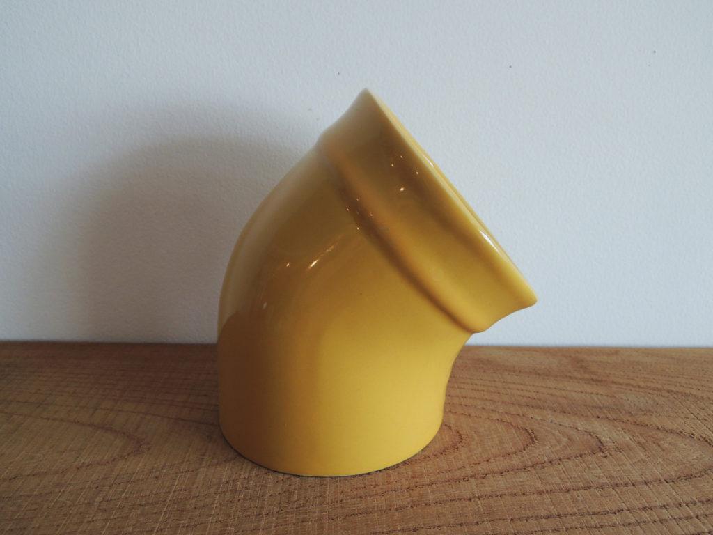 Pot (yellow)